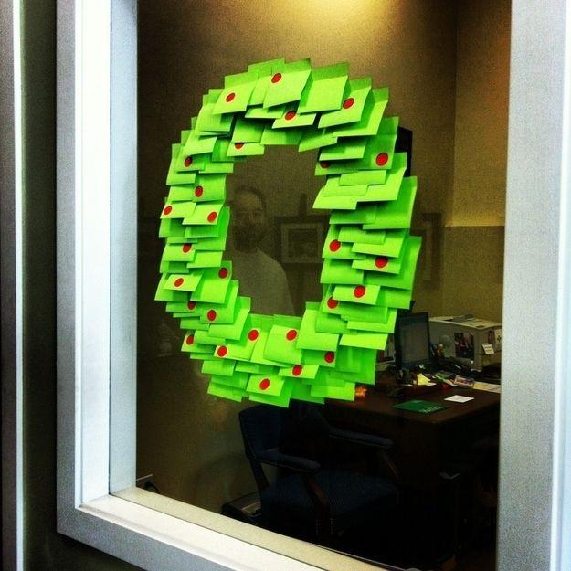 Christmas Decoration Ideas For Office Desk